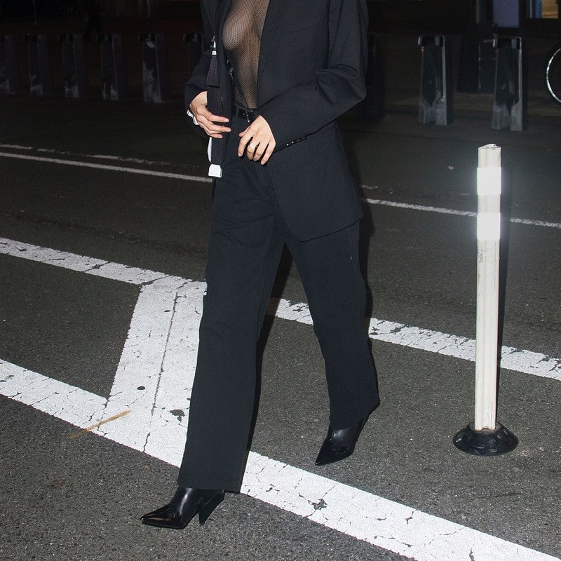 Bella Hadid wears MANGO boots in NY - Rights from 08112018 PR+SM WW.jpg