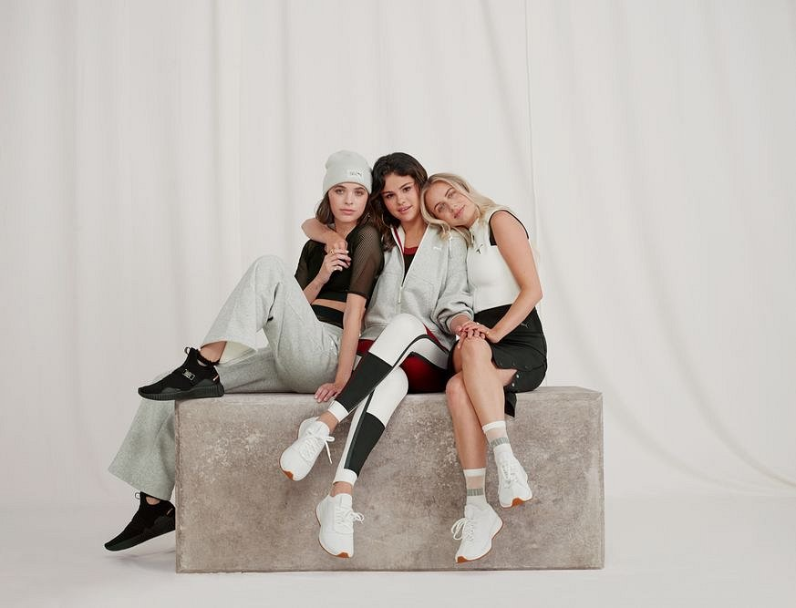 LOW-RES Not for Production-18AW_xRT_Selena-Collection_Selena-Gomez_Group-01_0141_RGB.jpg