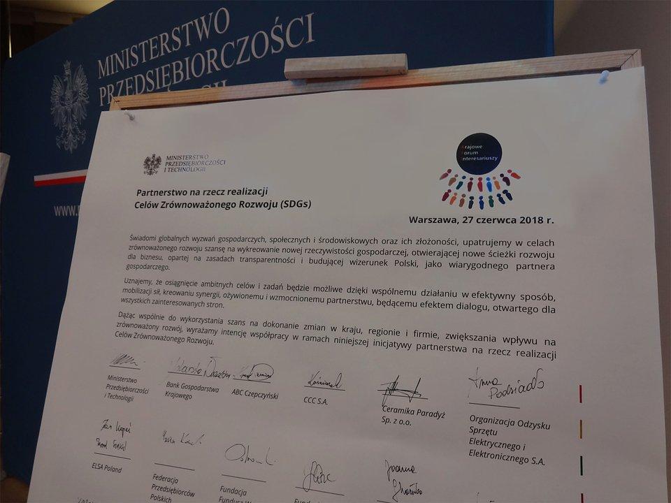 partnerstwo-na-rzecz-realizacji-sdgs-w-polsce.jpg