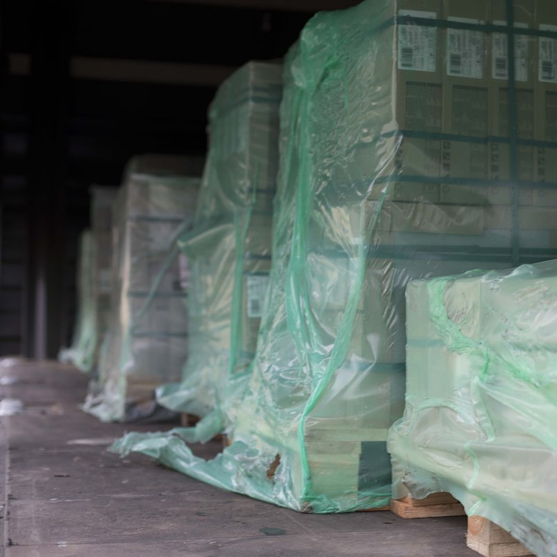Tysiące metrów kwadratowych wsparcia - Ceramika Paradyż pomaga poszkodowanym w nawałnicach.JPG