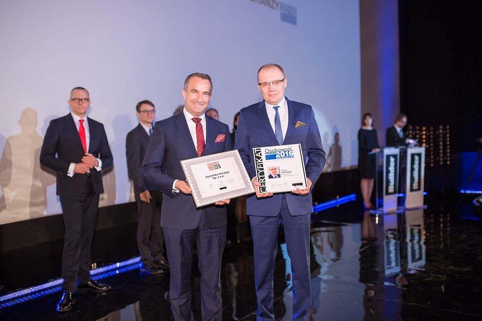 (od prawej) Prezes Zarządu Adam Tępiński oraz Wiceprezes Zarządu ds. Handlu.jpg