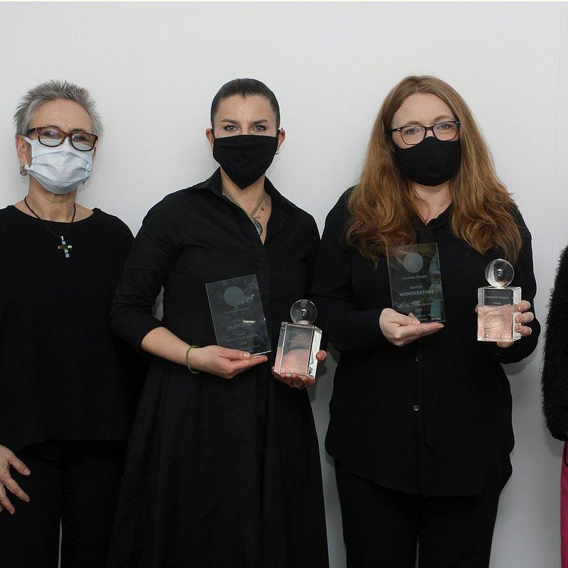 Od lewej_ Magdalena Kaliszuk-Barańska; przewodnicząca  Aldona Chudzicka; Anna Tępińska -Marcinek, współwłaścicielka Ceramiki Paradyż; Krystyna Wiśniewska, redaktor naczelna WPC.JPG
