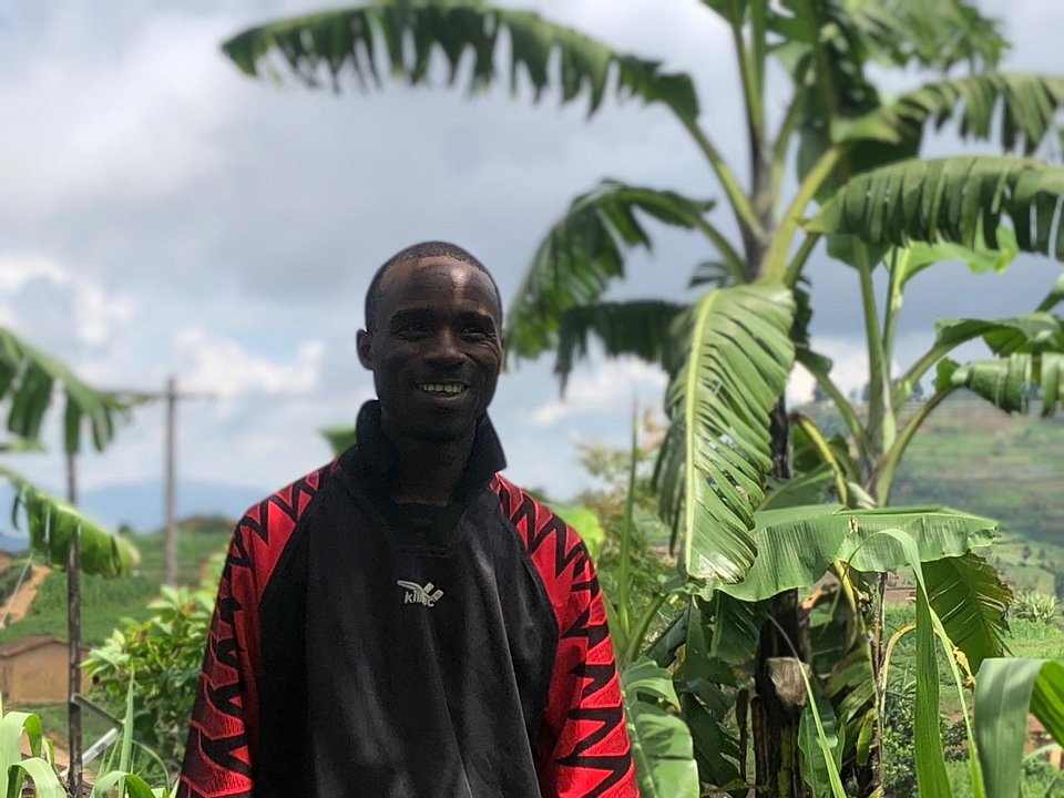 Farmer Assier Bihuta