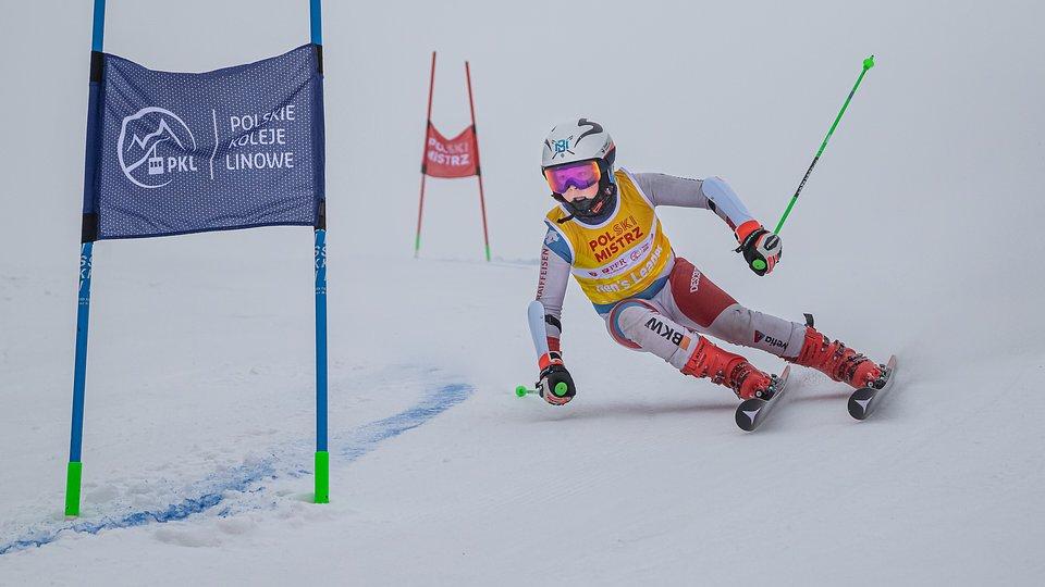 Karol Zawada, w Szczyrku startował w żółtej koszulce lidera Młodzieżowego Pucharu Polski.