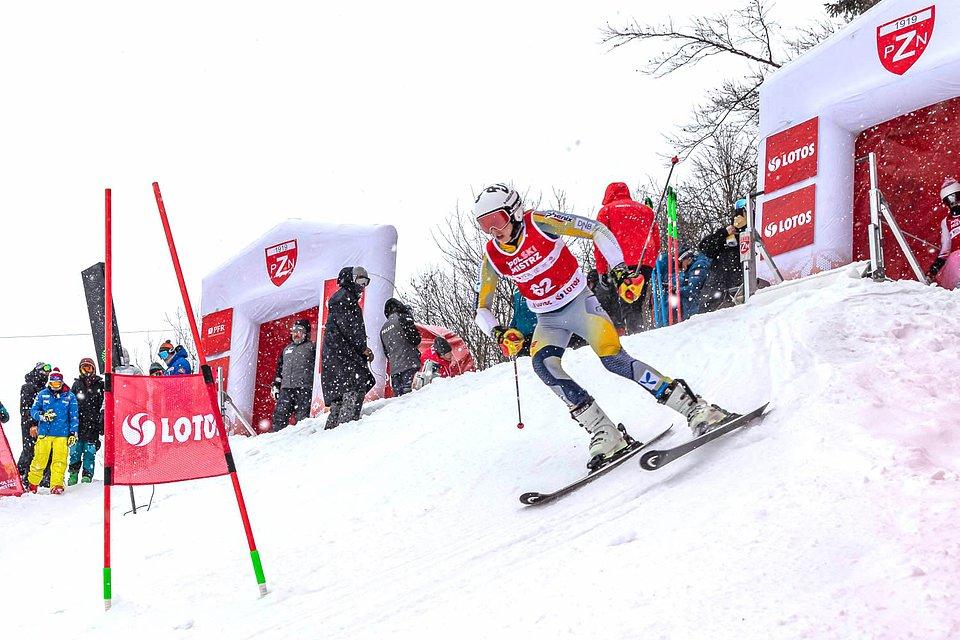 Kazimierz Ziółkowski na trasie slalomu równoległego