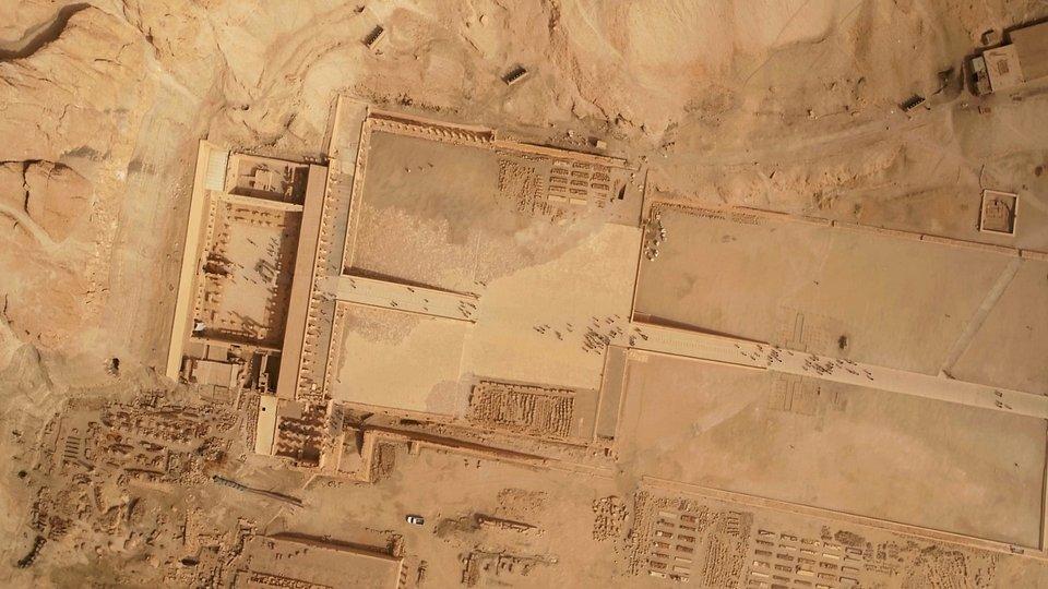 EgyptsAncientEmpire_Ep101_EgyptFromAbove_LR_06.jpg
