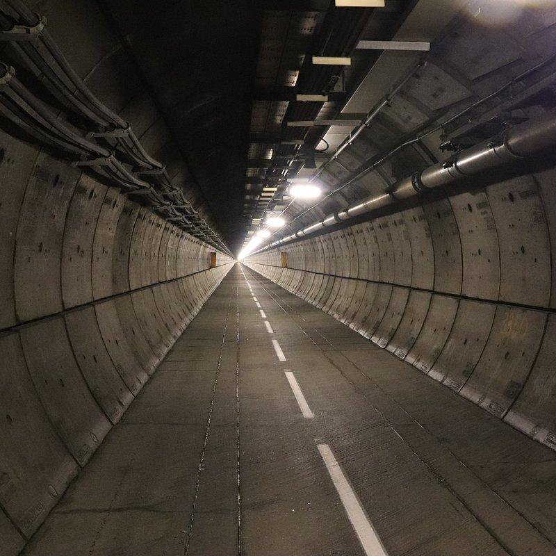 Jak powstał Eurotunel.jpg
