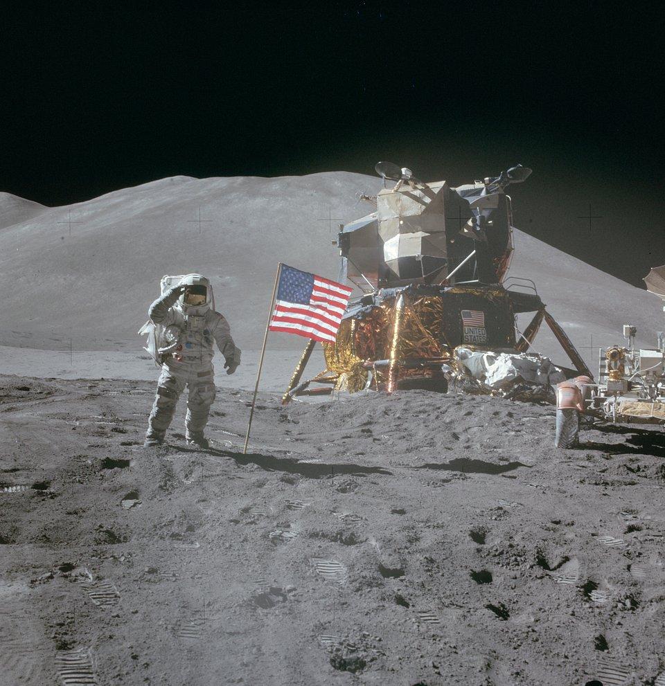Apollo droga na Księżyc 15.jpg