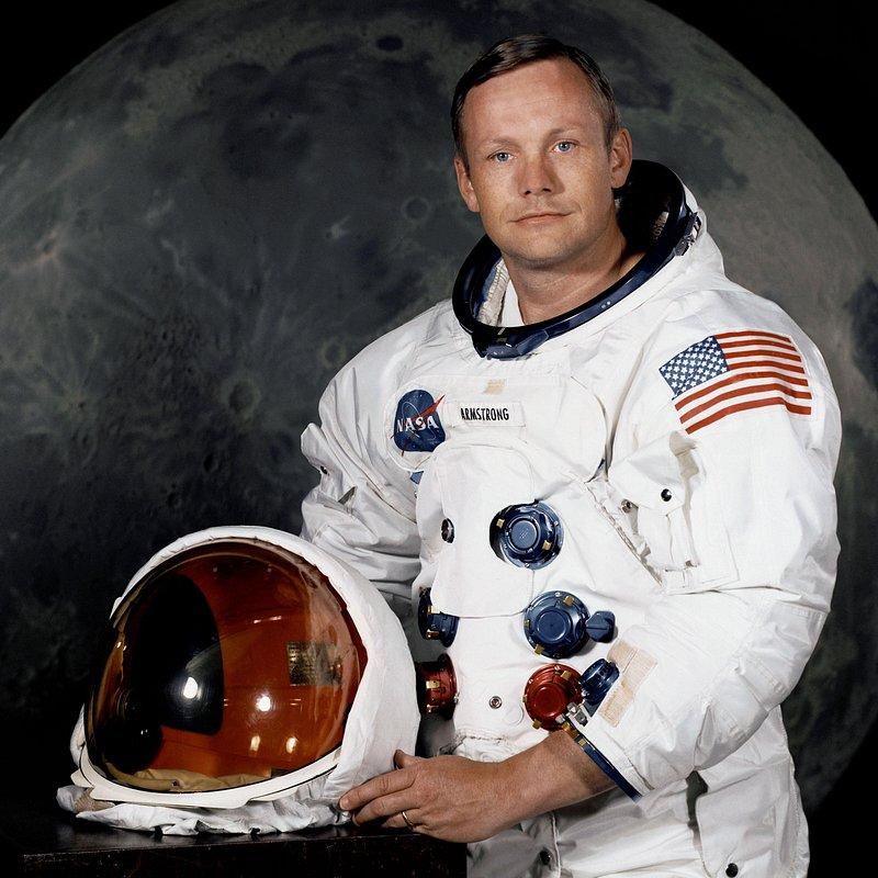 Armstrong człowiek z Ksieżyca.jpg