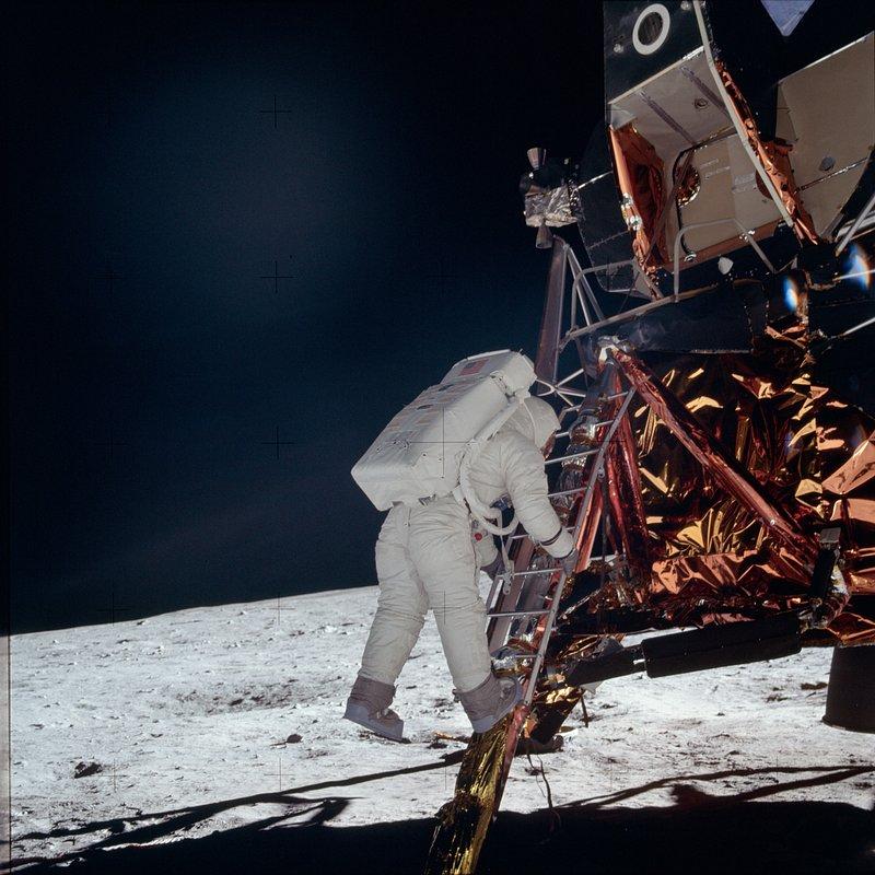 Apollo droga na Księżyc 4.jpg