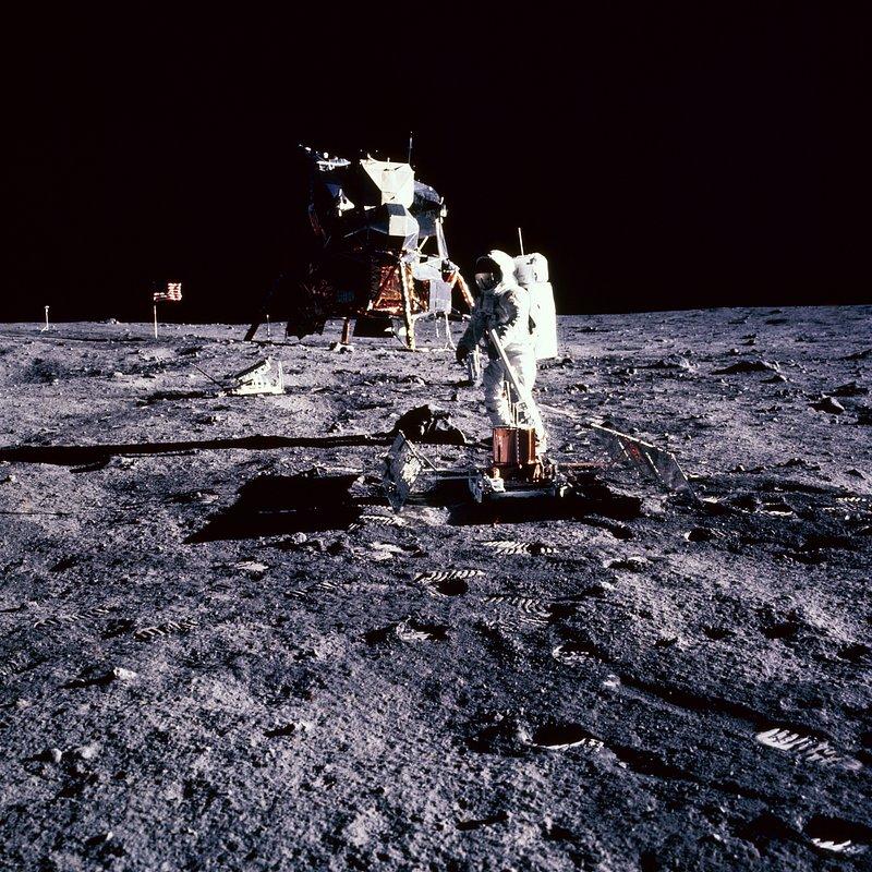 Apollo droga na Księżyc 9.jpg