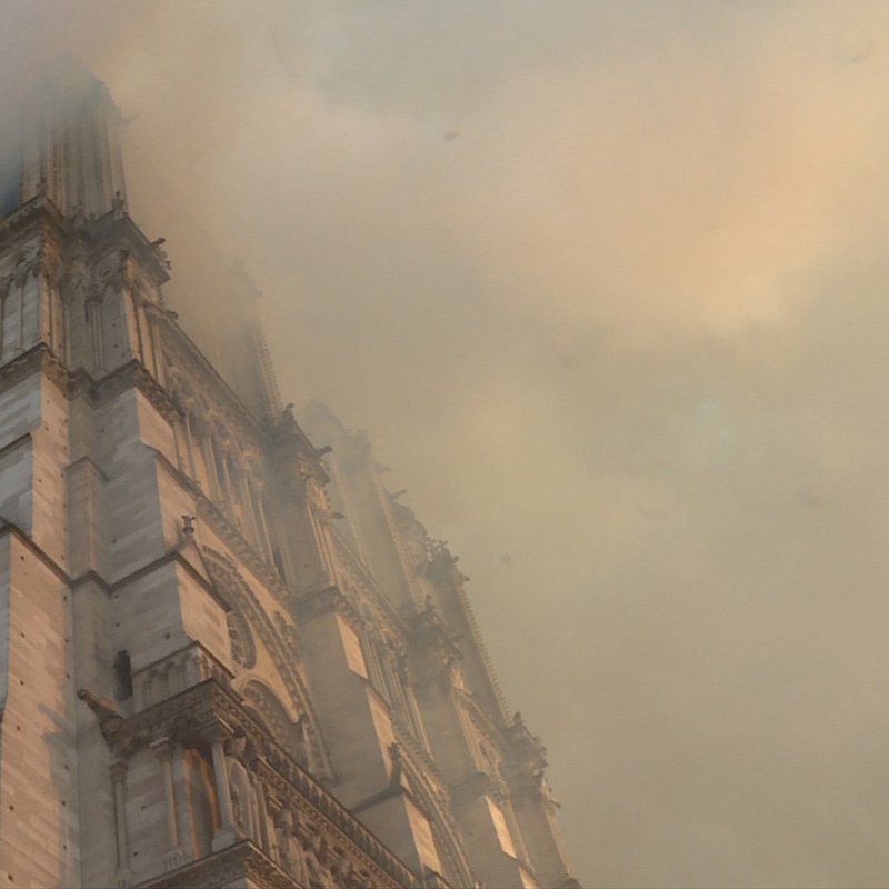 Notre Dame w ogniu 5.jpg