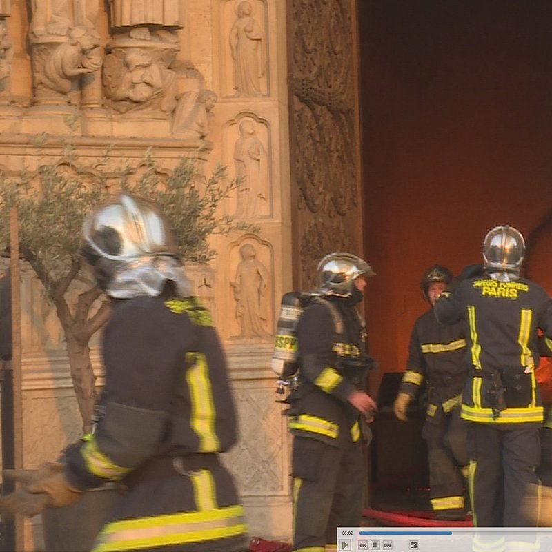 Notre Dame w ogniu 6.jpg