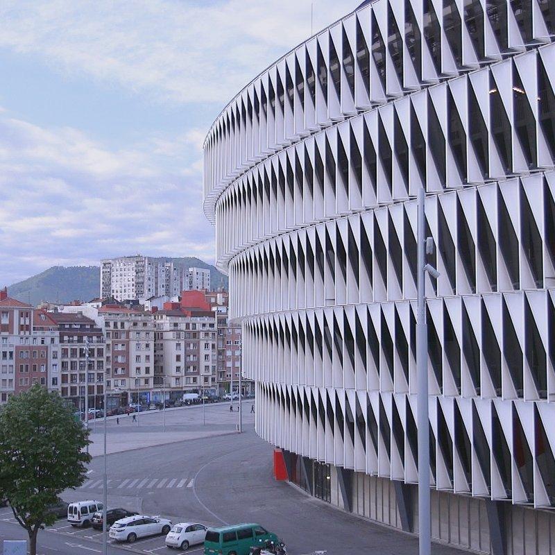 Megastadiony Bilbao Estadio San Mamés 3.jpg