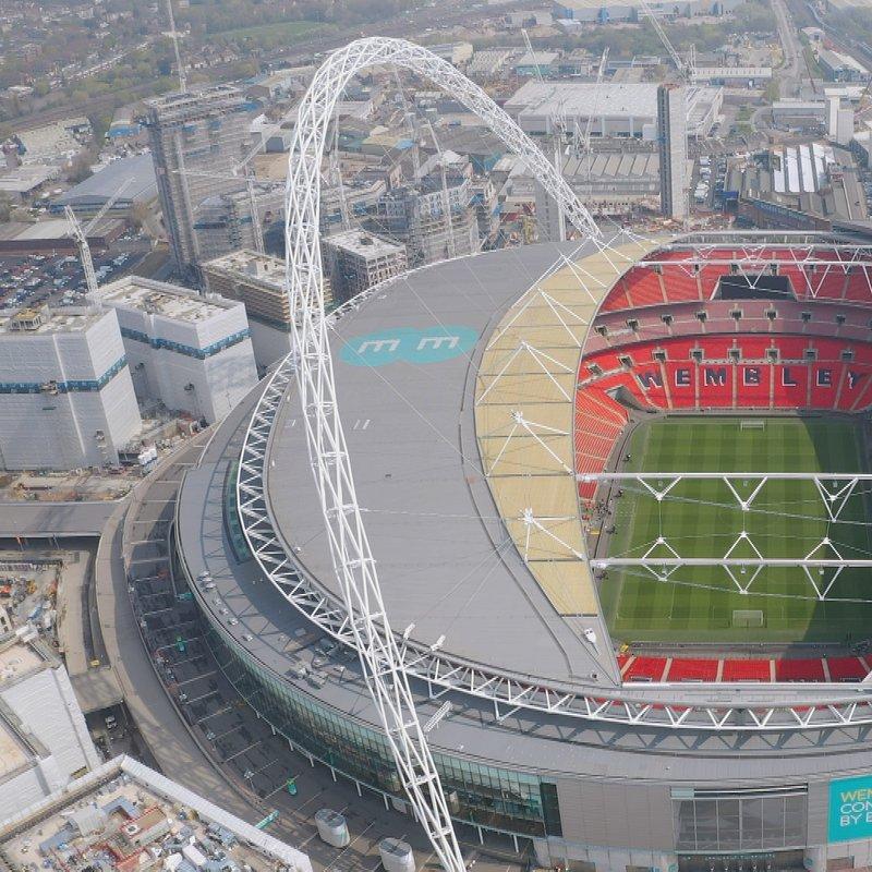Megastadiony Londyn Stadion Wembley 2.jpg