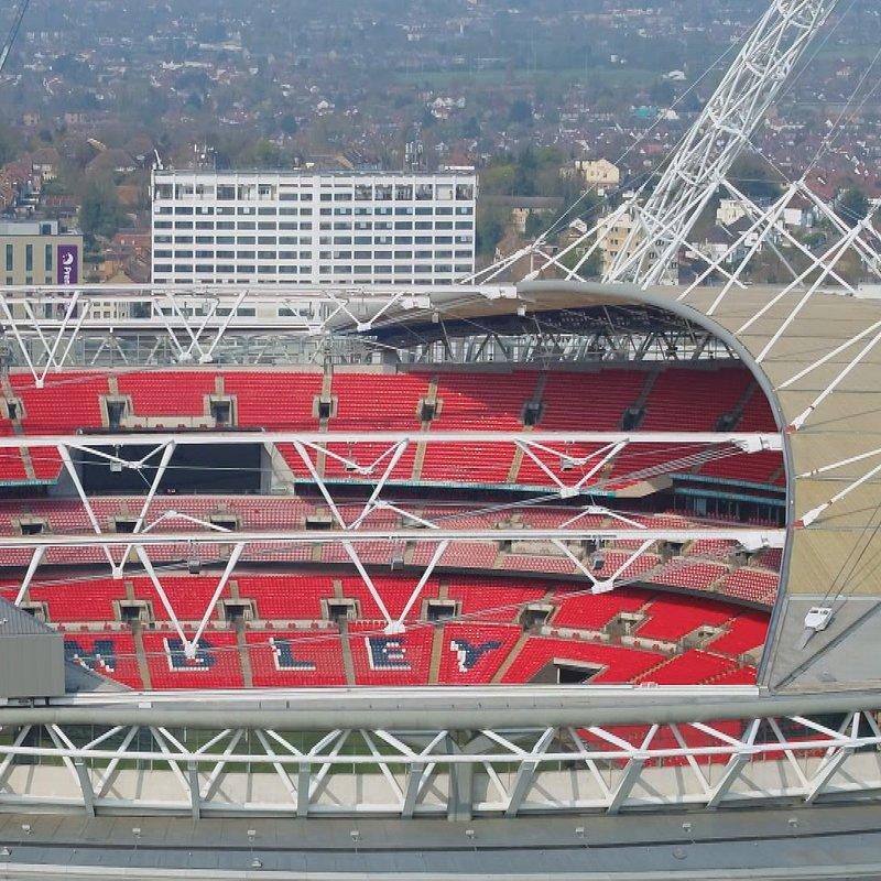 Megastadiony Londyn Stadion Wembley 3.jpg