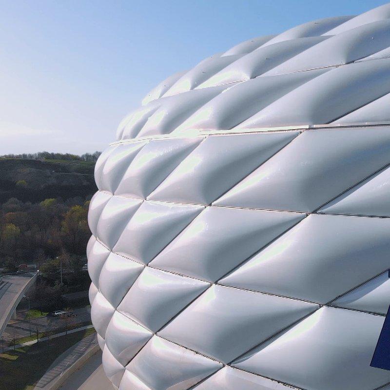 Megastadiony Monachium Allianz Arena 9.jpg