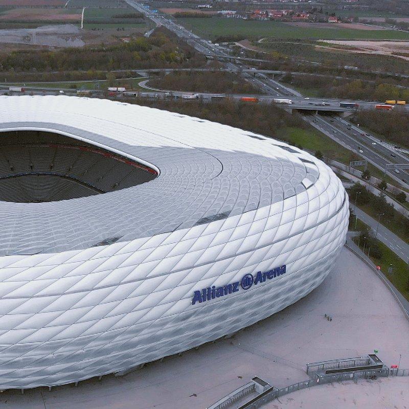 Megastadiony Monachium Allianz Arena 7.jpg