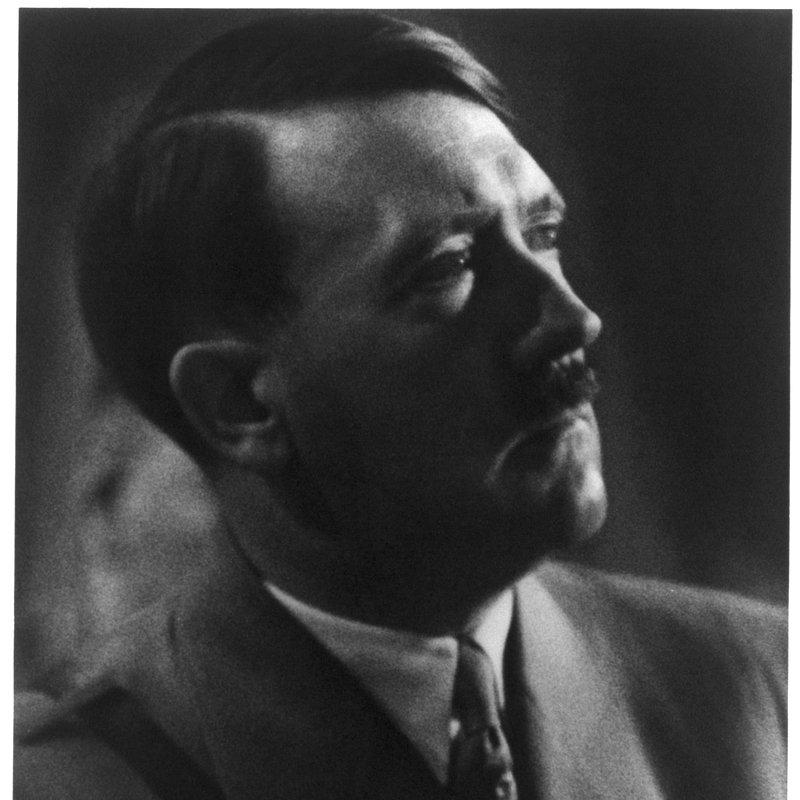 Władza i potęga - przywódcy XX wieku (4).jpg