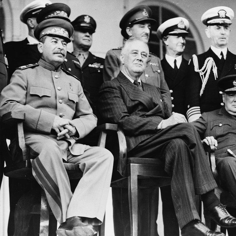 Władza i potęga - przywódcy XX wieku (1).jpg