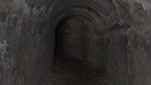 Porzucone konstrukcje Goli Otok 2.jpg