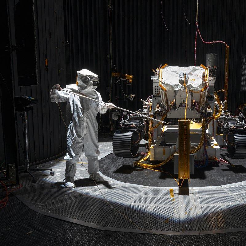 Łazik Perseverance z misją na Marsa_National Geographic (39).jpg