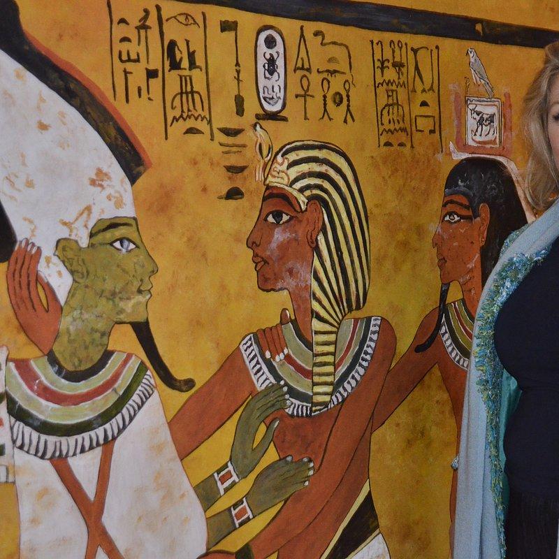 Grobowiec Tutanchamona_historia w kolorze_National Geographic (2).jpeg