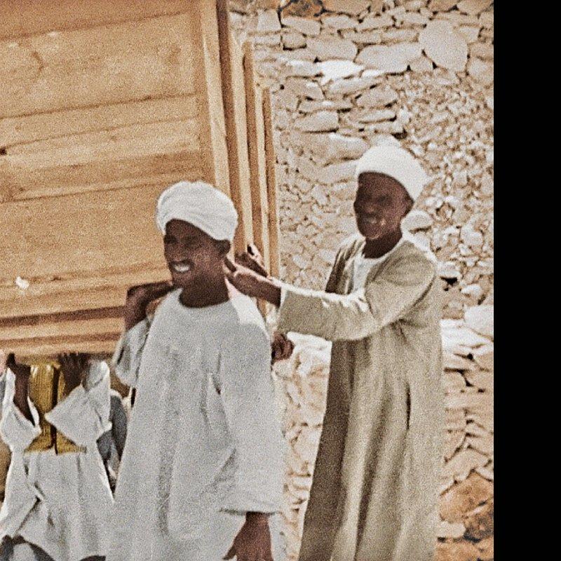 Grobowiec Tutanchamona_historia w kolorze_National Geographic (11).jpg