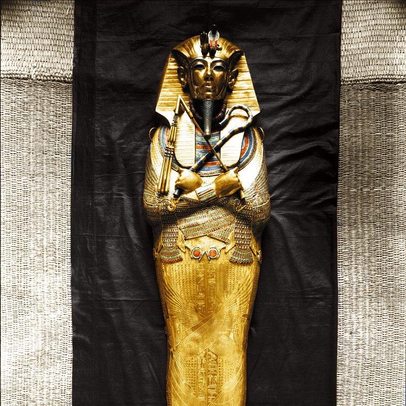 Grobowiec Tutanchamona_historia w kolorze_National Geographic (5).jpg