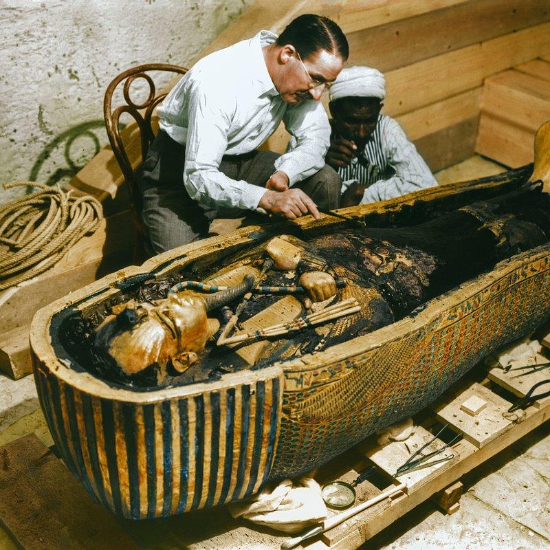 Grobowiec Tutanchamona_historia w kolorze_National Geographic (8).jpg