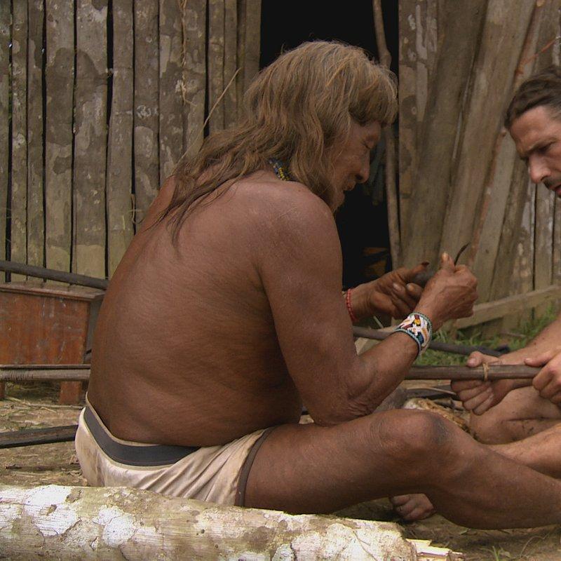 Plemienna szkoła przetrwania_National Geographic (1).jpg