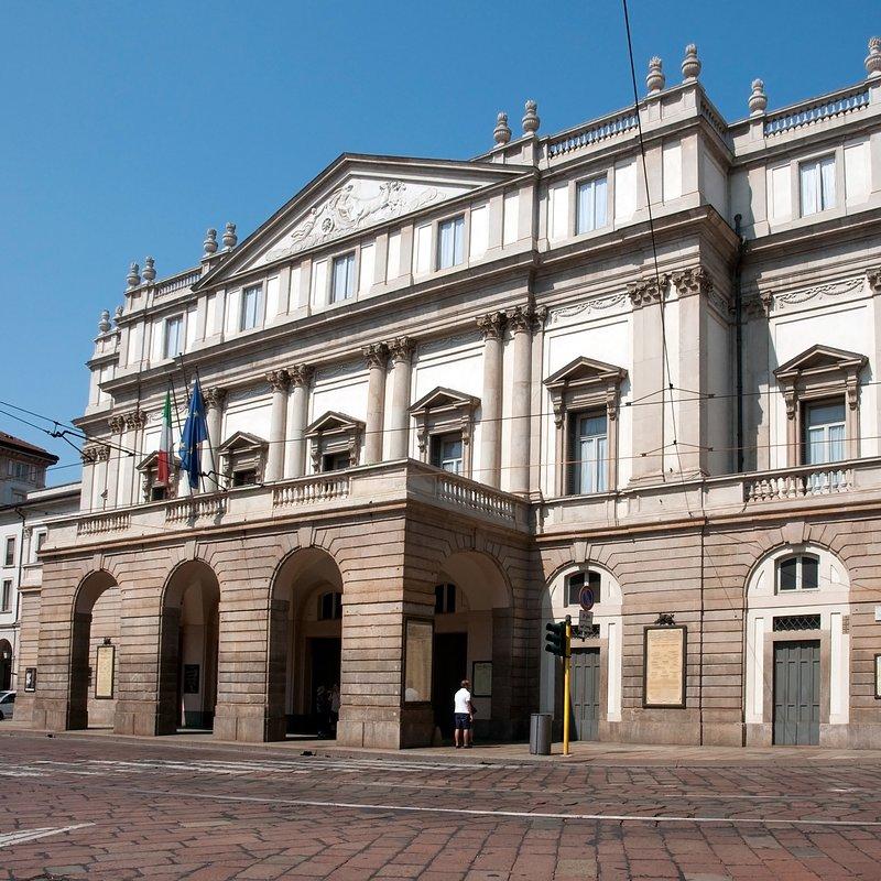 001_Theatres_and_Opera_Houses_The_Teatro_Alla_Scala.jpg