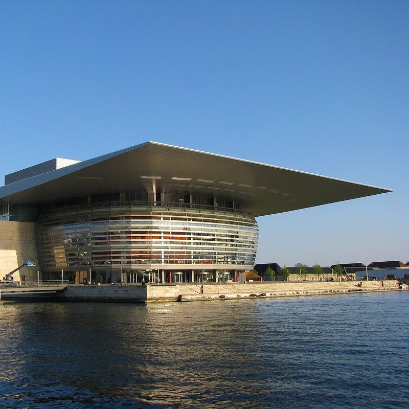 002_Theatres_and_Opera_Houses_Royal_Opera_House.jpg