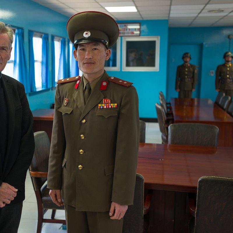Korea Północna według Michaela Palina 2.jpg