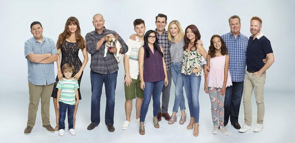Modern_Family_Groups_Comp_1381_1597_1759_R1.jpg