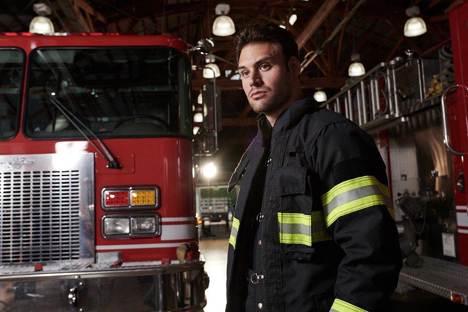 911-S2_01-Firetruck-Ryan-Guzman_0483_hires2.jpg