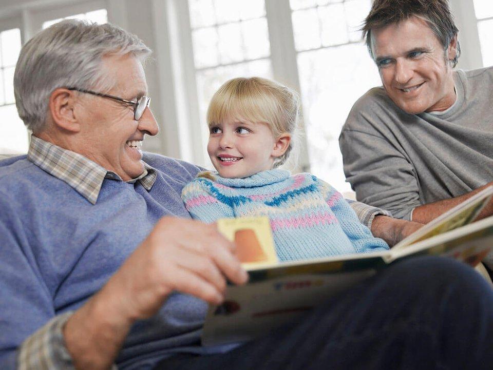 household-bill-management-seniors.jpg
