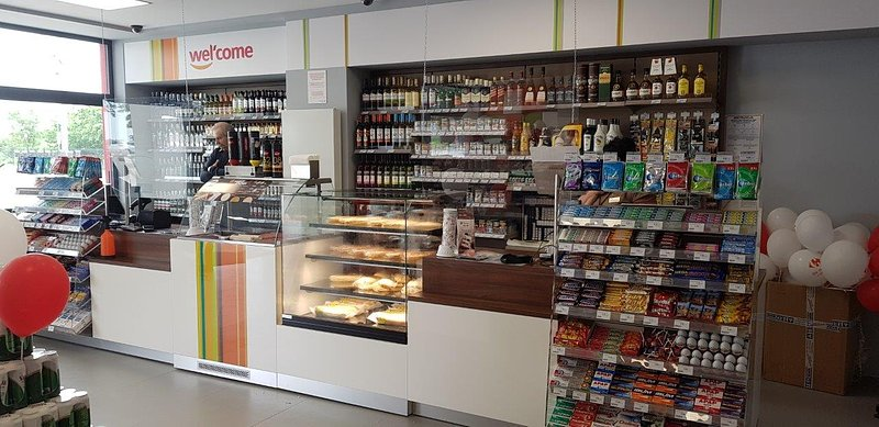 2020.06.19 -02- Nowa stacja Total w Kompinie.jpg