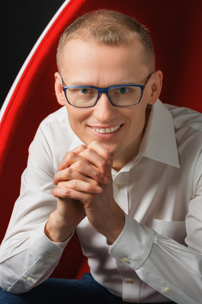 Stefan Batory CEO Booksy.jpg