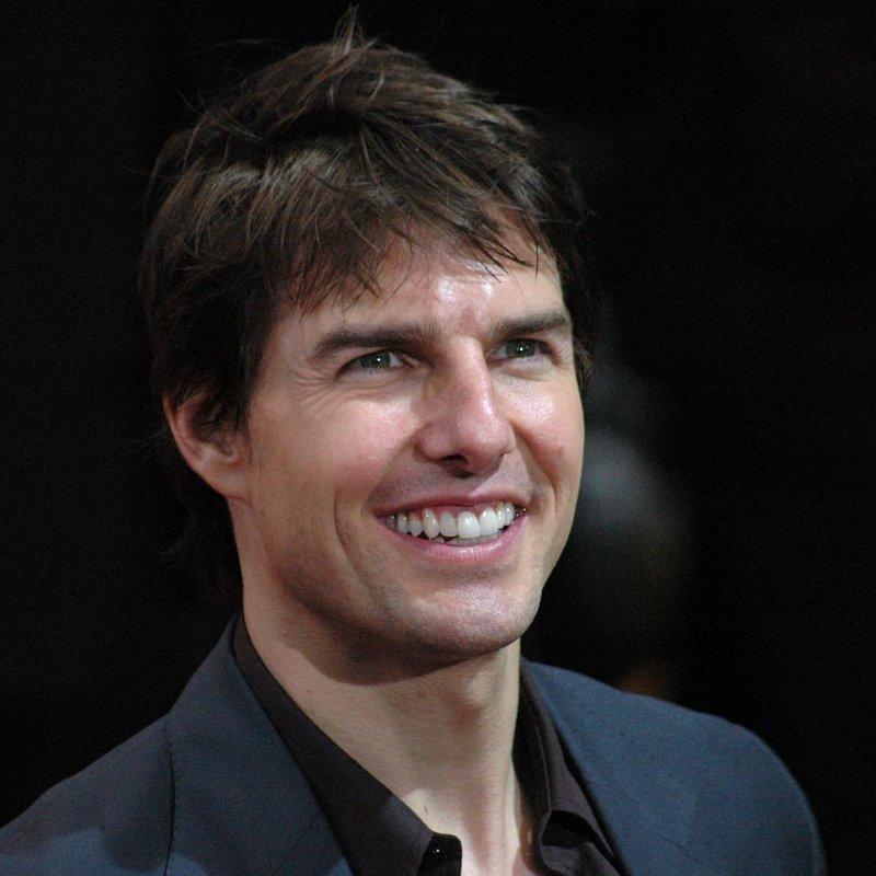 Tom Cruise_360bShutterstock.com.jpg