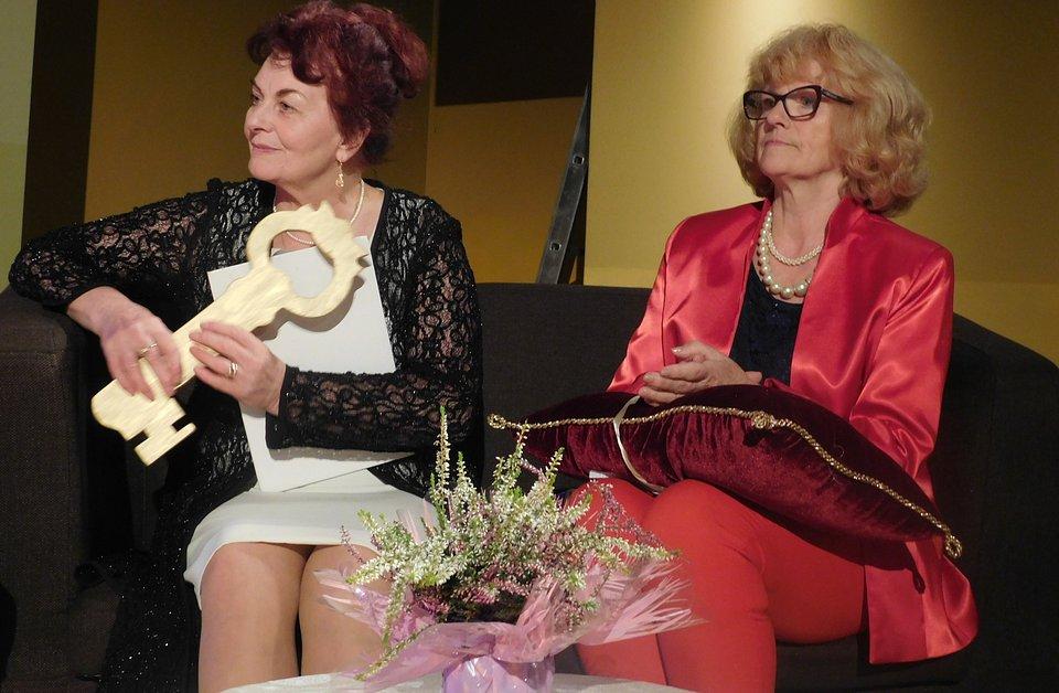 Bez tych dwóch kobiet - Stanisławy Rzeźnik, przewodniczącej Mieleckiej Rady Seniorów i Elżbiety Kwiatkowskiej, prezes MUTW - nie byłoby Dni Seniorów.