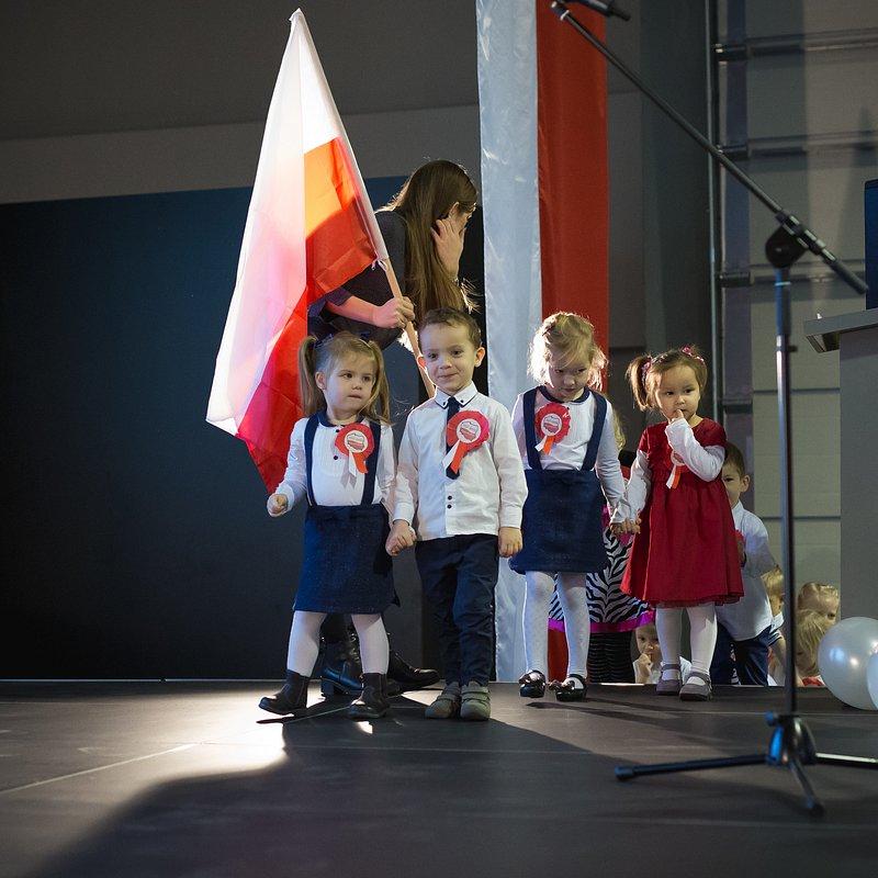Kronospan na 100 lat Niepodległości (10).jpg