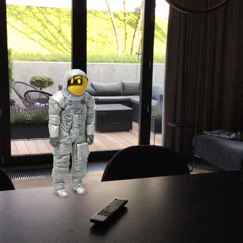 astronaut3.JPG