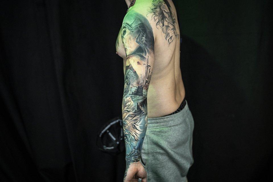Tatuaz_realistyczny_MIEJSCE 1_LEVGEN VOICE OF INK 1C.JPG