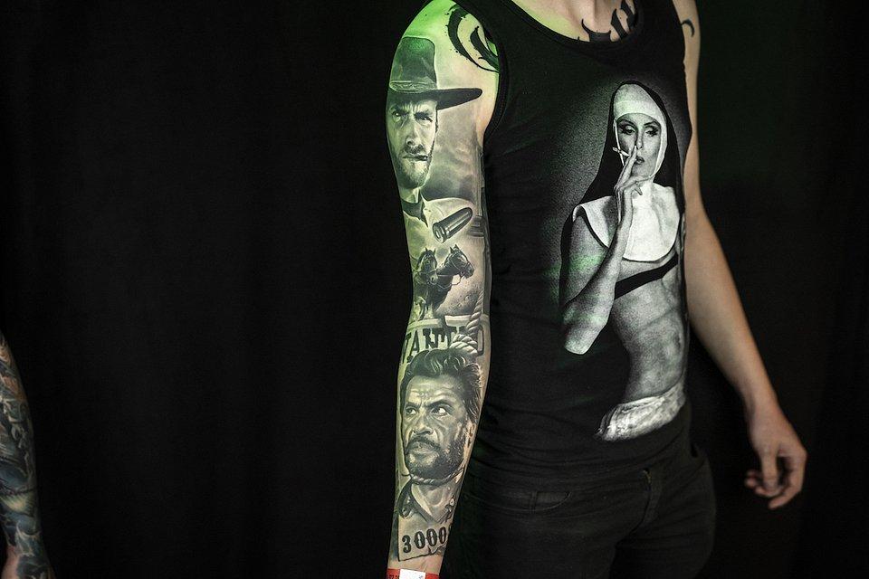Tatuaz_realistyczny_MIEJSCE 2_EUGENE VOICE OF INK 1A.JPG