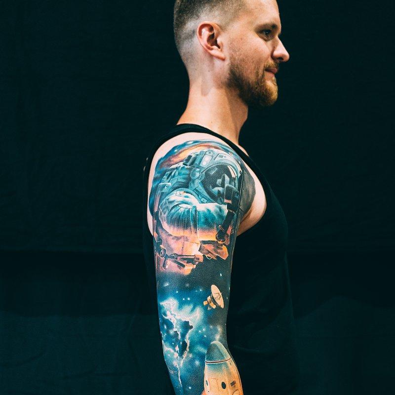1miejsce-Najlepszy tatuaz rekaw-nogawka-cały przod-cale plecy_artysta_Sersky.JPG