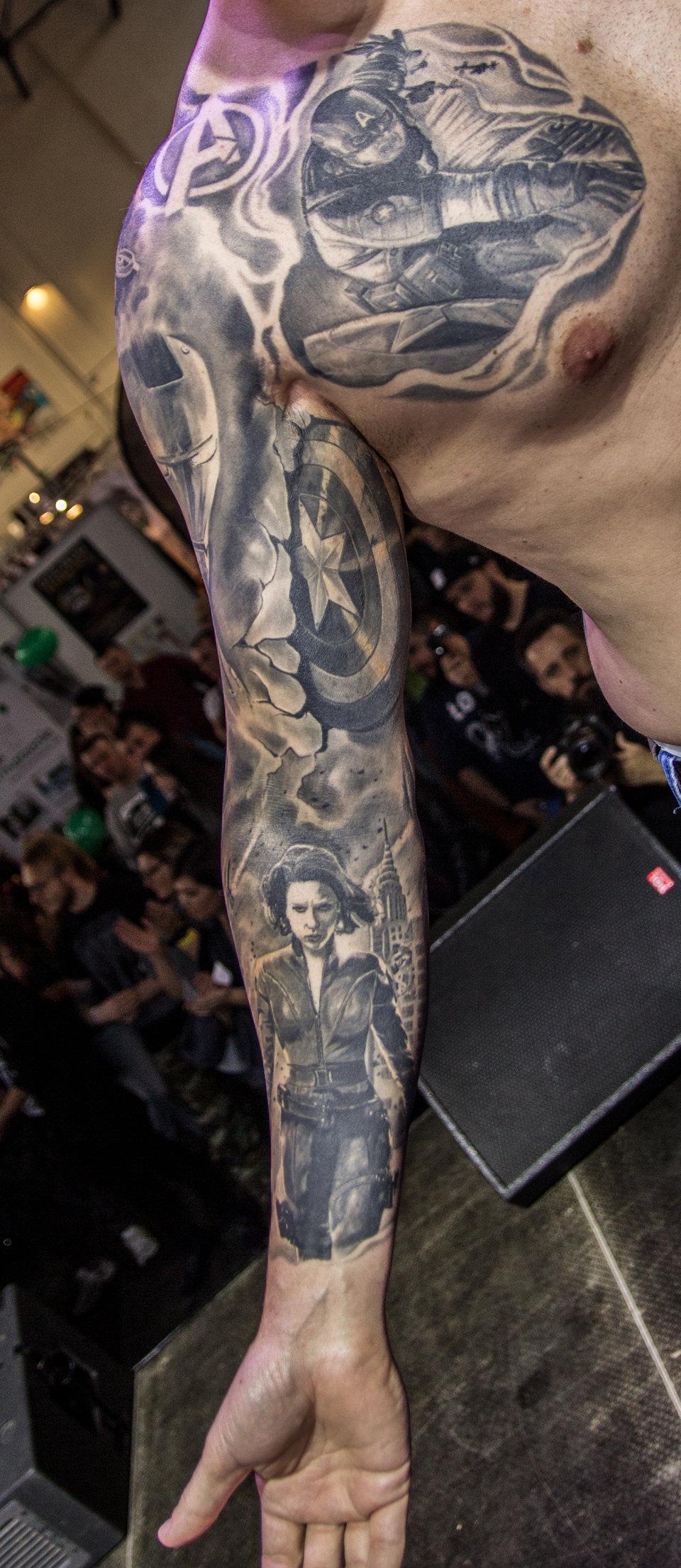 3bNajlepszy tatuaż– duży czarno-szary(2).jpg