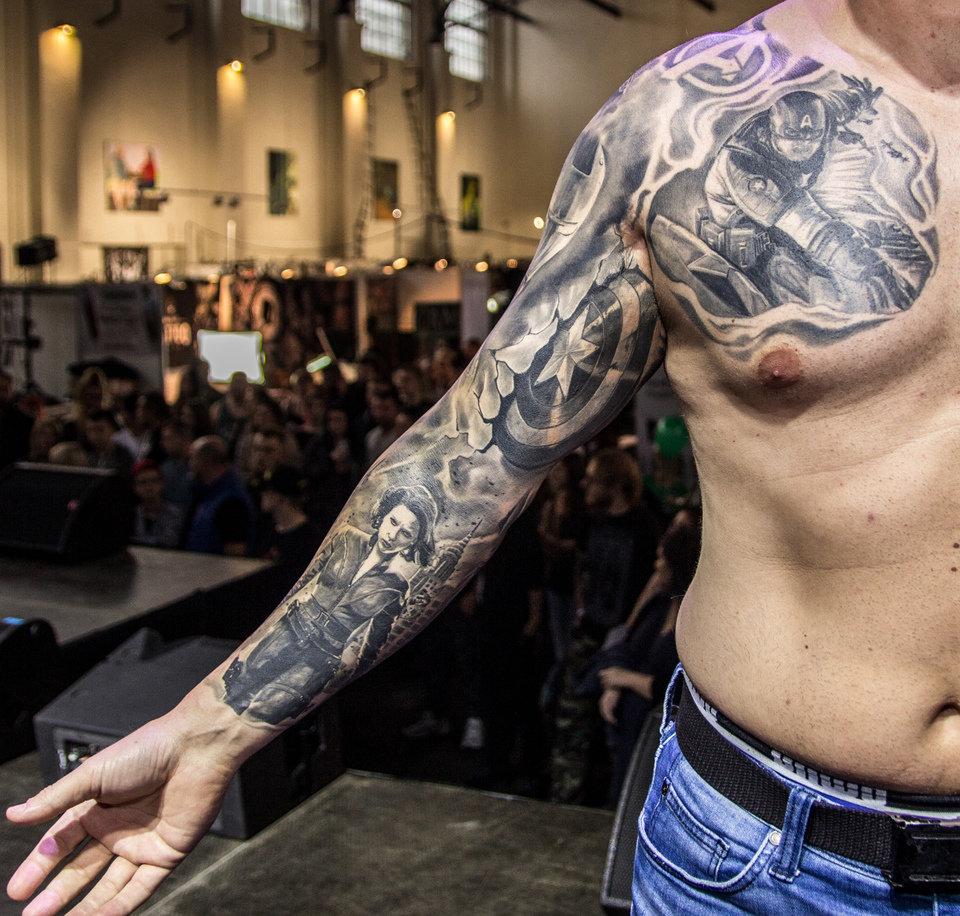 3_miejsce_Najlepszy tatuaż– duży czarno-szary(1).jpg