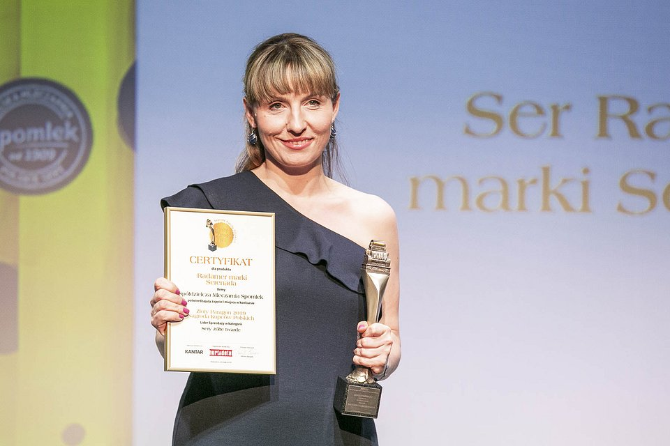 Nagrodę odebrała Emilia Pożarowszczyk, kierownik marketingu i PR SM Spomlek