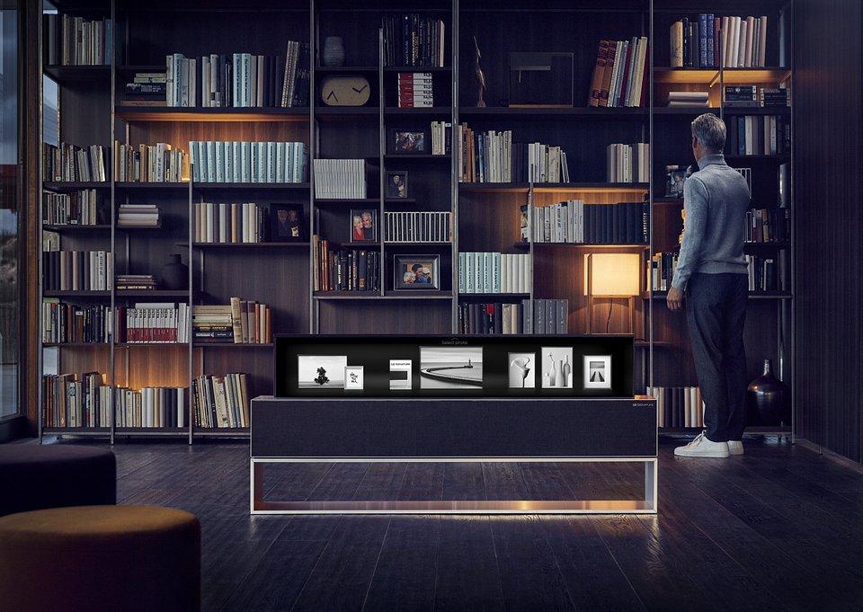 LG OLED TV R 07.jpg